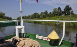 Wycieczka podopiecznych działdowskiego Caritasu. Statkiem po Kanale Elbląskim