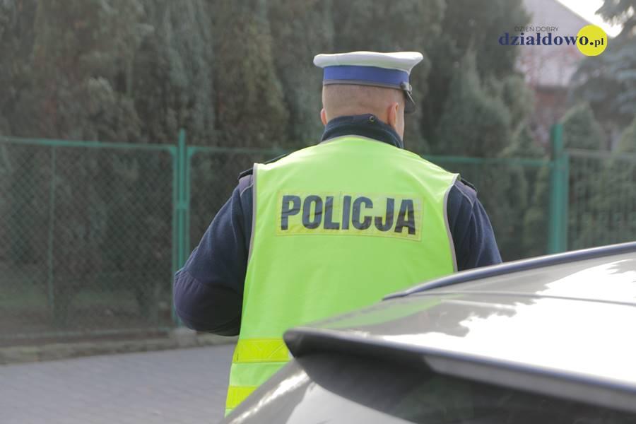 Policjanci wspólnie z  Grupą Patrol Zalewski  przeszukiwali teren miasta