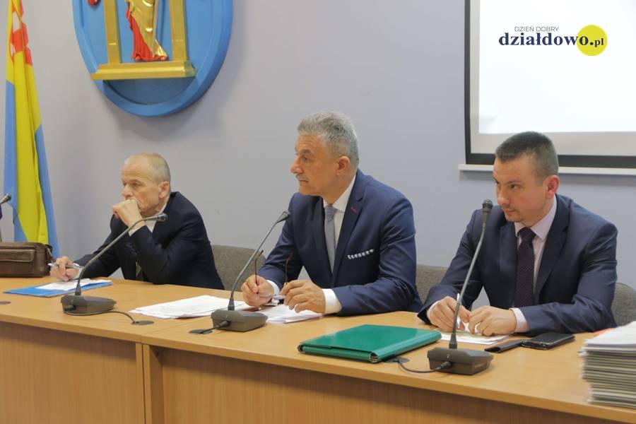 I Sesja Rady Miasta VIII kadencji. Ślubowanie burmistrza i radnych Rady Miasta Działdowa