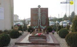 Poświęcenie symbolicznego grobu Błogosławionych Męczenników Działdowskich [film, zdjęcia]