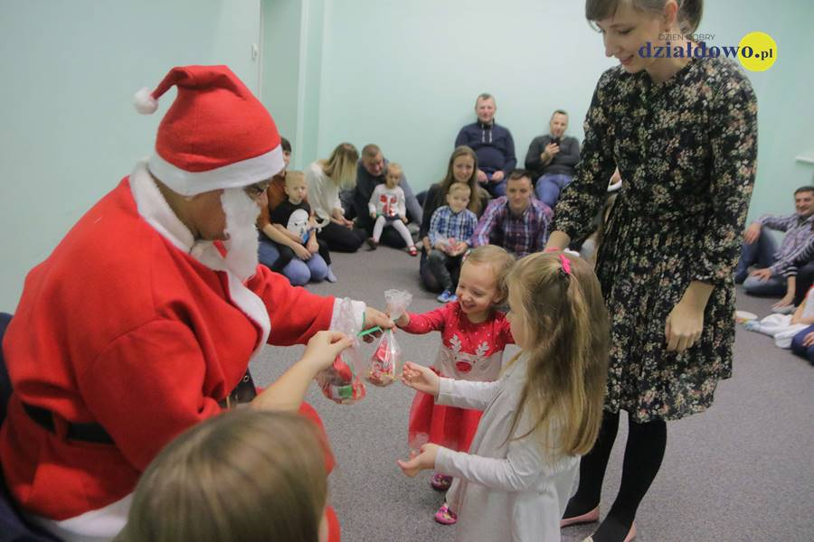 Spotkanie ze Św Mikołajem w MDK
