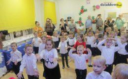 Jasełka dzieci z grupy Krasnoludki Przedszkola nr 1