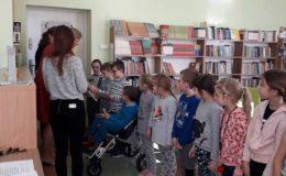 Pasowanie na czytelnika w Szkole Podstawowej nr 2 [zdjęcia]