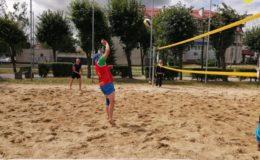 Turniej o Puchar Dyrektora MOSiR w Siatkówce Plażowej [zdjęcia]