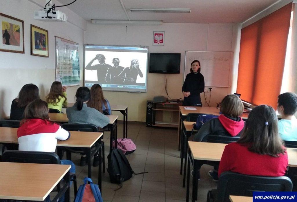 Odpowiedzialność w szkole, na drodze i w życiu – spotkania z uczniami szkół średnich