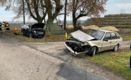 Zderzenie dwóch aut