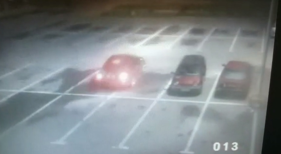 """""""Szarżował"""" autem po parkingu w centrum Działdowa. Został ukarany"""