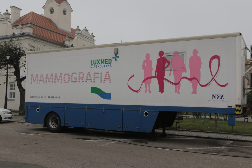 Bezpłatne badania mammograficzne w mobilnej pracowni mammograficznej LUX MED w listopadzie w  Działdowie