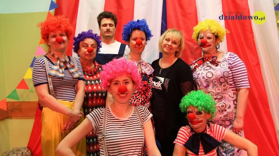 """""""Clowni"""" – 17 premiera teatru Pewni Niepewni"""