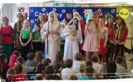 Wesołych Świąt życzy Szkoła Podstawowa nr 3